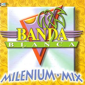 Banda blanca un 17 de enero creada la banda de sopa de for Blanca romero grupo musical